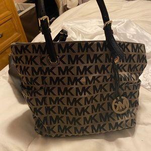Michael kor bag